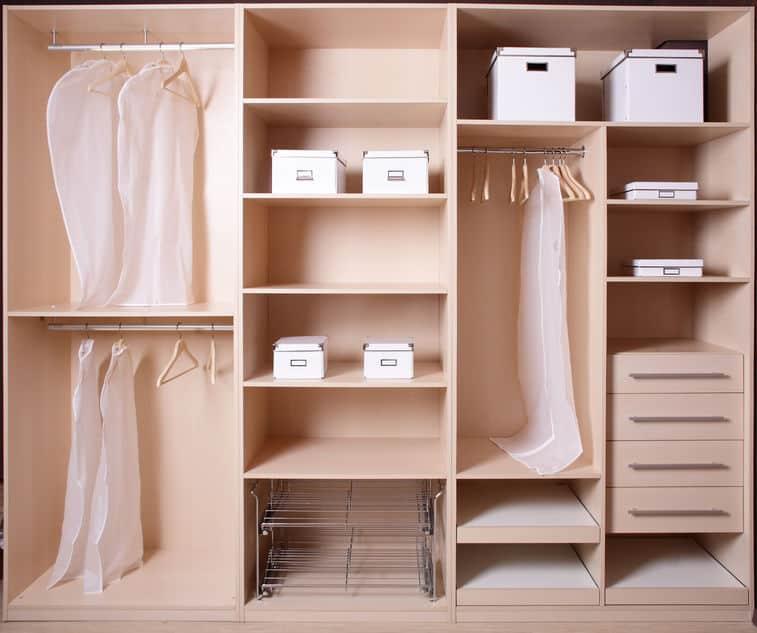 Imagem de guarda roupas.