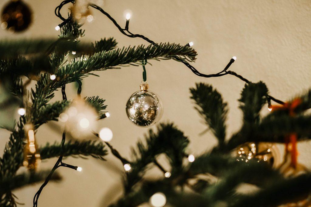 decoração minimalista luzes de natal